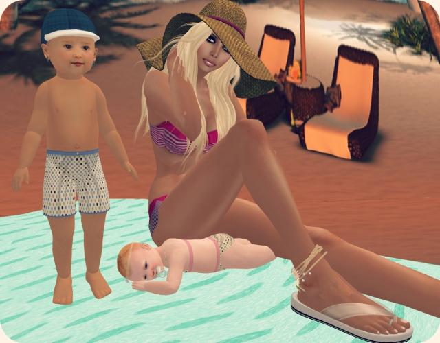 beach momma & me 1