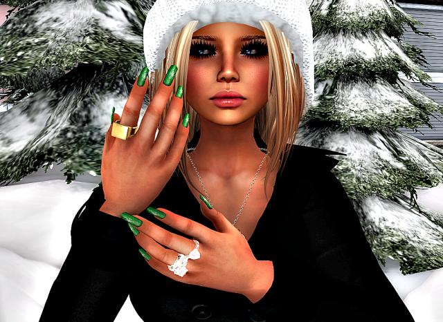 EP nails green