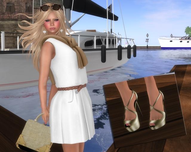 Hamptons Housewife 3