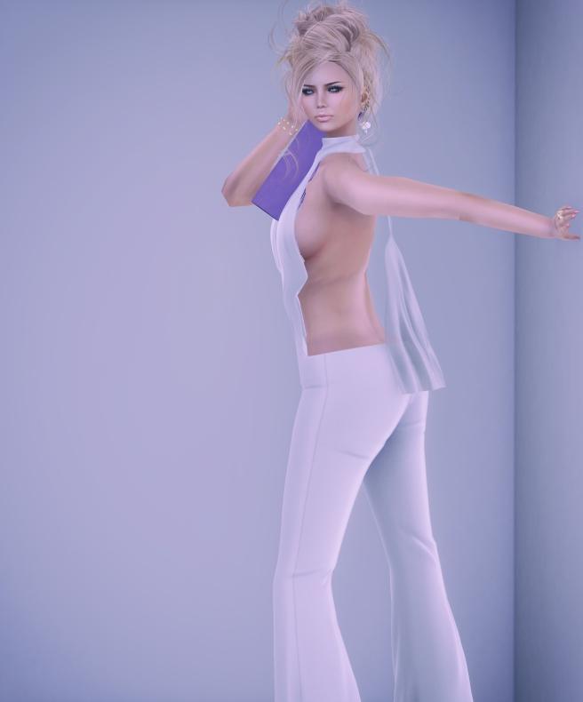 Gwens Light 3